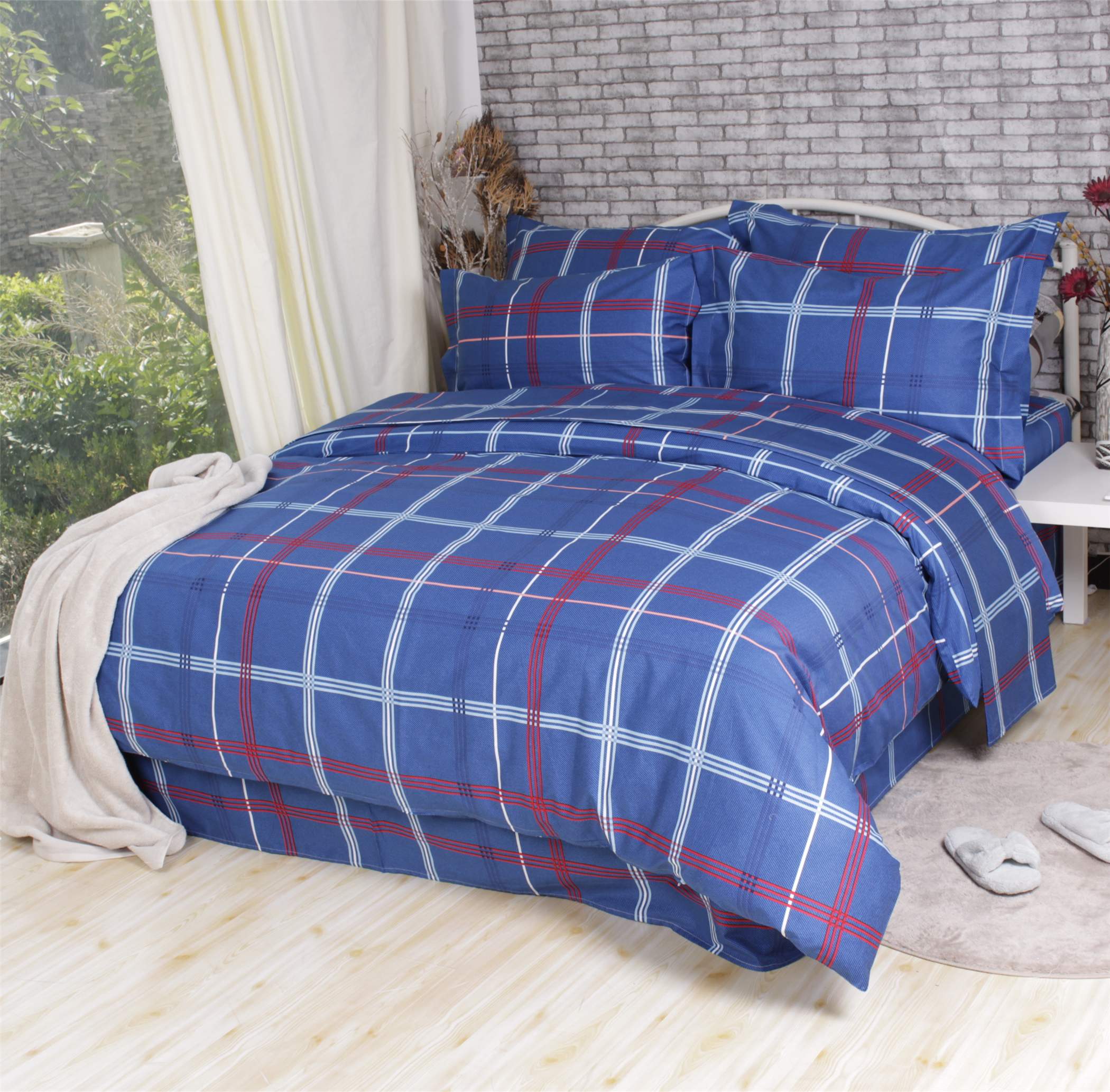 Grid Queen Size 100 Cotton Bed Sheets