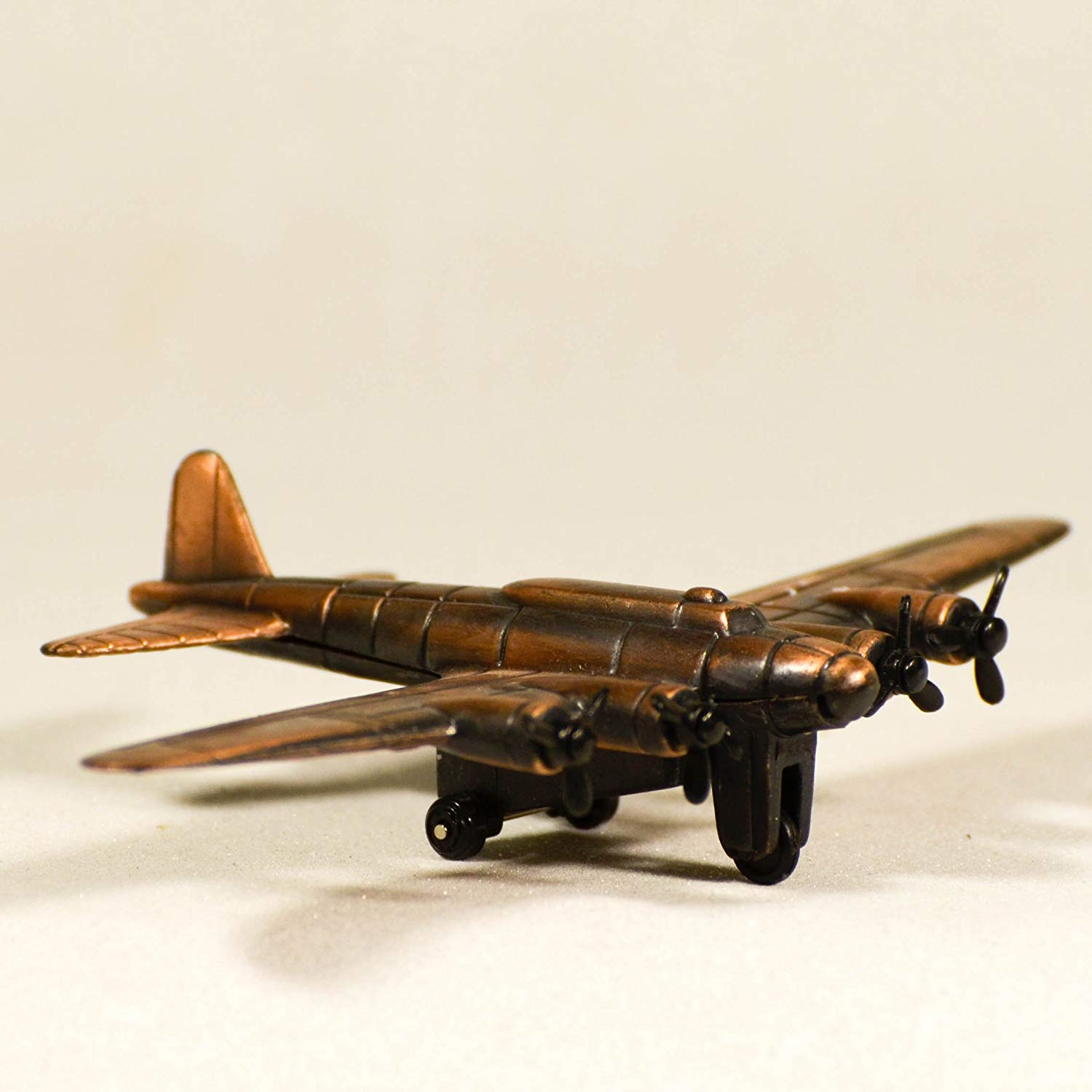 Metal Die Cast B-17 Flying Fortress Airplane Sharpener Retro Plane Miniature Model Antique Finished