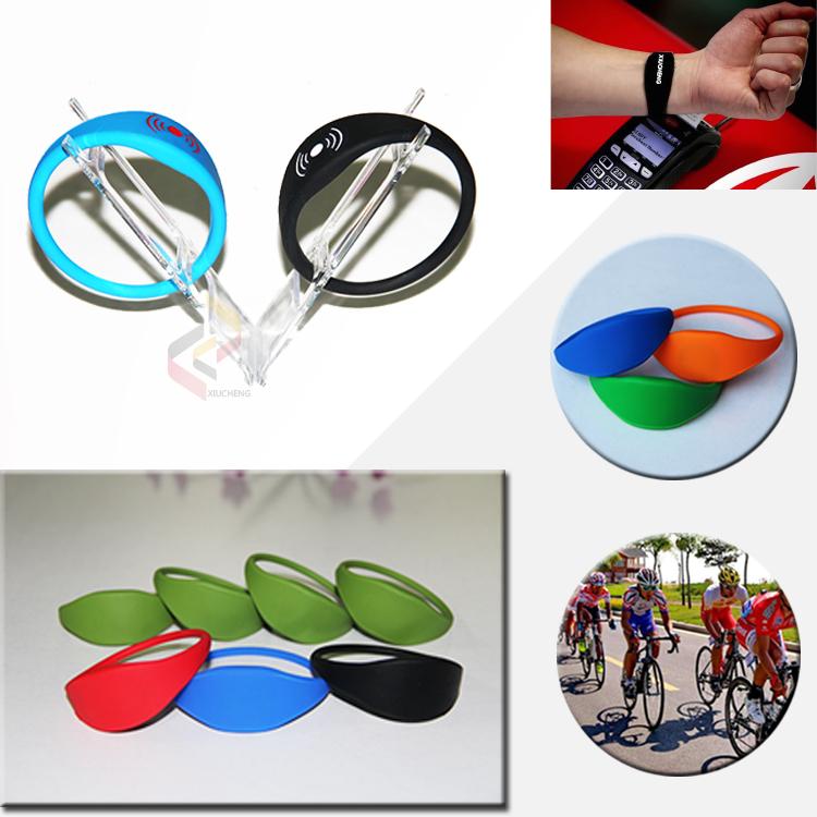 RFID 13.56Mhz RFID Chip Bracelet Silicone Wristband