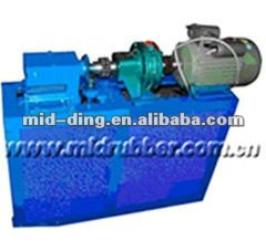 Uncured tire scrap recycling machine
