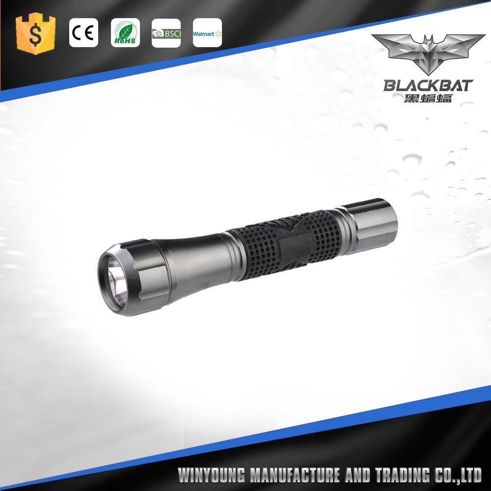 2016 New Led Zoom Flashlight Mechanically Powered Flashlight