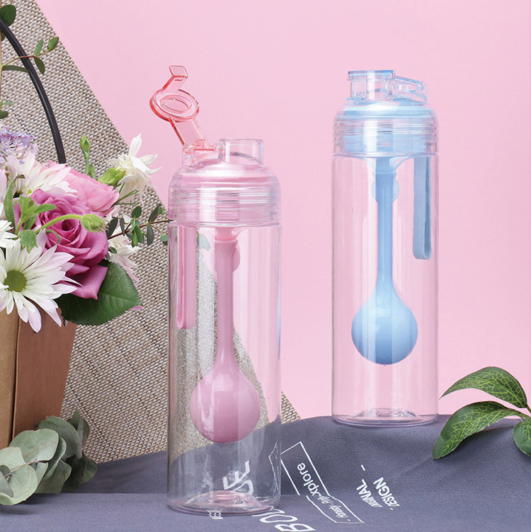 Hot Sale Couple  Blue / Pink Portable Plastic Water Bottle  With Detachable Spoon