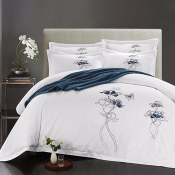 White Embroidery Hotel Bedding Set Queenking Comforter Egypt Cotton