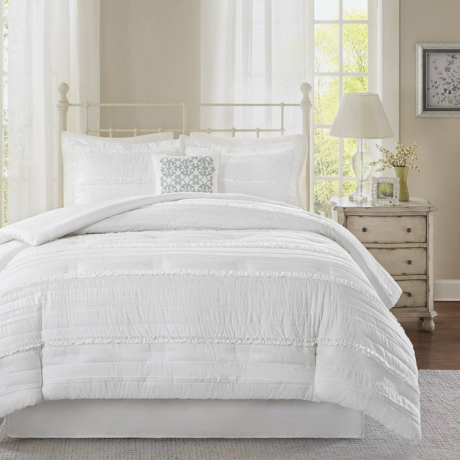 5pc White Solid Ruffled Stripes Pattern Comforter Queen Set, Bedding, Stylisg ruched Horizonral Stripe Design, Classic French Country, Unisex, Boho Shabby Chic