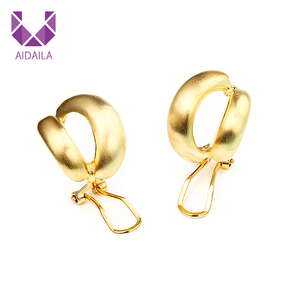 9823301f85fa6 China Gold Ear Jhumka, China Gold Ear Jhumka Manufacturers and ...