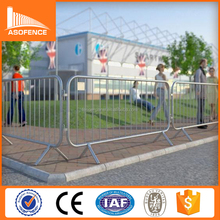 Silver Spray Painted Cross flat feet crowd control fence barricade
