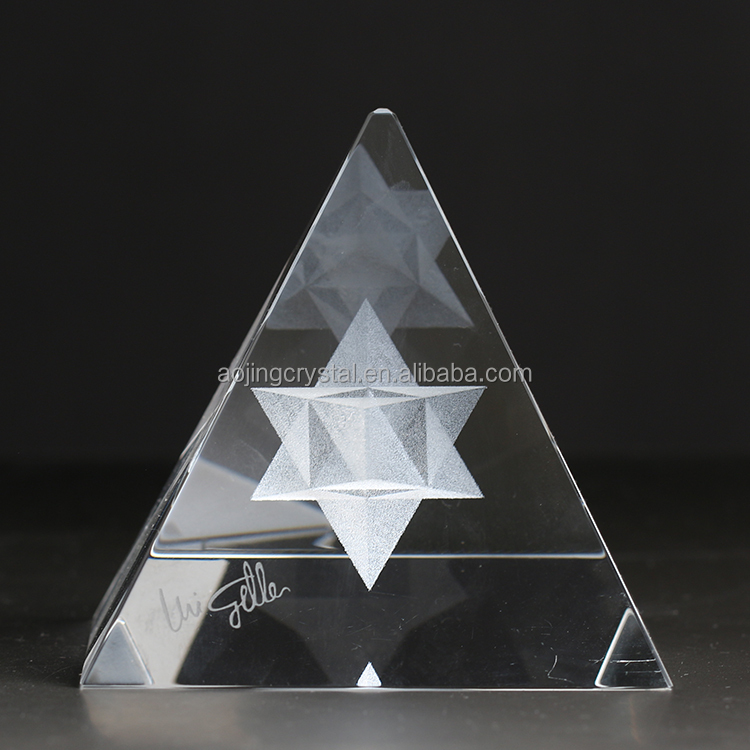 China factory pyramid crystal cube 3d laser for souvenir gift