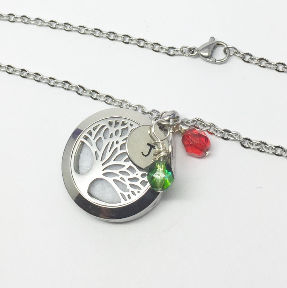 Wholesale tree of life aroma pendant aromatherapy essential oil necklace pendant