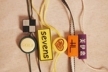 2014 Fashion Plastic hangtag for garment