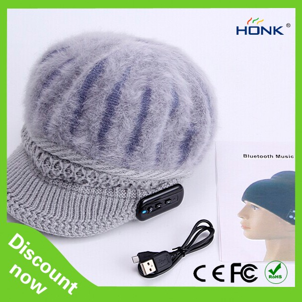 2016 Ladies Caps Bluetooth Hats with Music Headphone Earphones and microphones warm Caps
