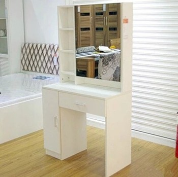 Modern Dressing Table With Mirrors