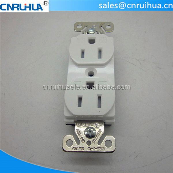 Promotion 125V grounding universal receptacle