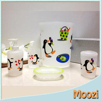 Exceptionnel Penguins Funny Bathroom Accessories For Kids Bath