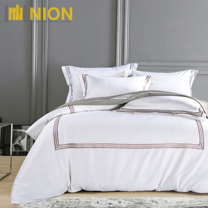 600 Thread Count Supreme Quality Classic Hotel Bed Sheet with Embroidery Hotel Linen