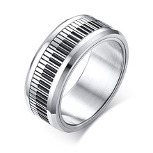 8mm custom design zwart en wit <span class=keywords><strong>piano</strong></span> toetsenbord spinner ring