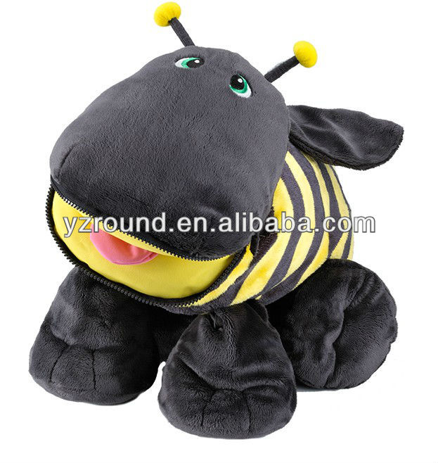 Bizzy stuffie 7 pockets pets the bee one