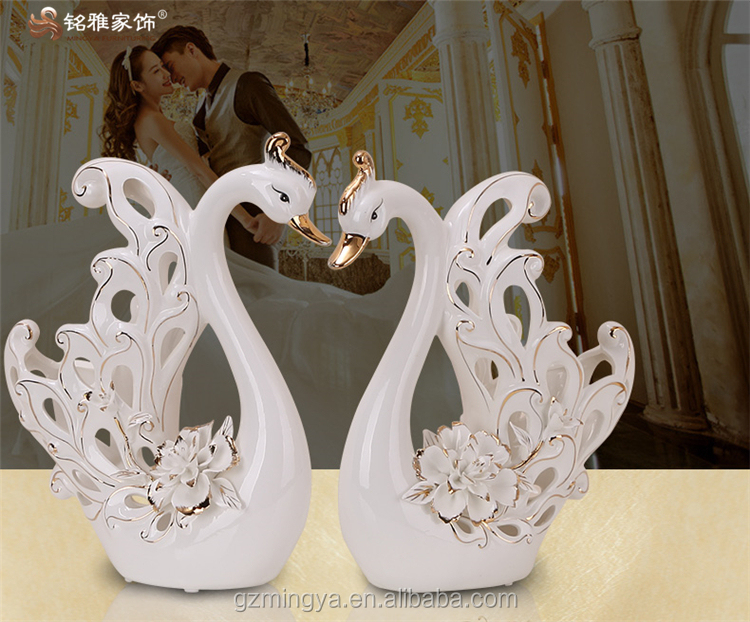 high-end design 3D flower goose figurines with porcelain material for hotel wedding