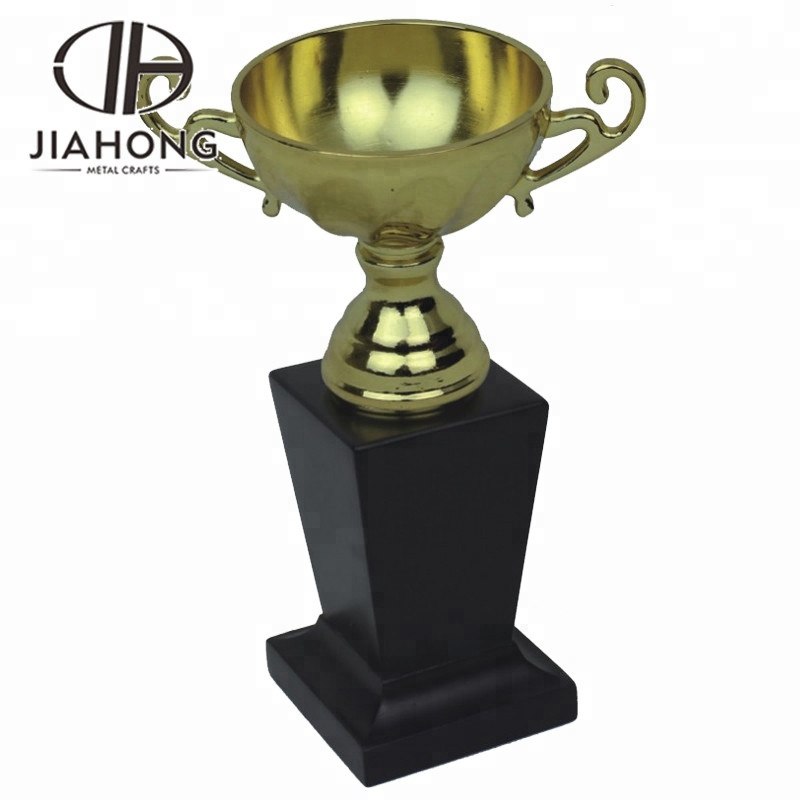 Custom made big trophies cups, crafts in <strong>metal</strong>