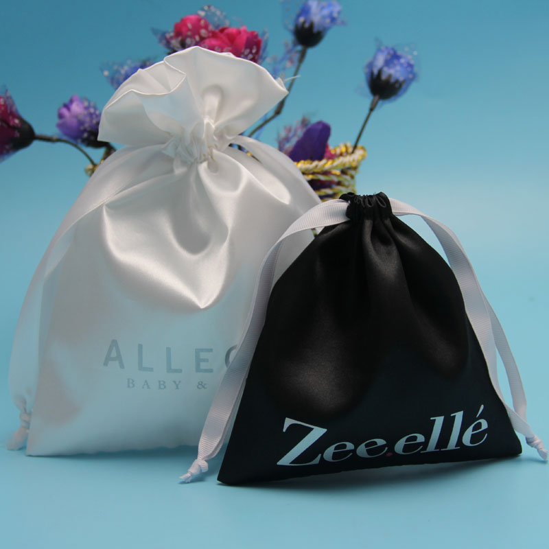 Popular new arrival wedding favor satin pouch,candy packing bag
