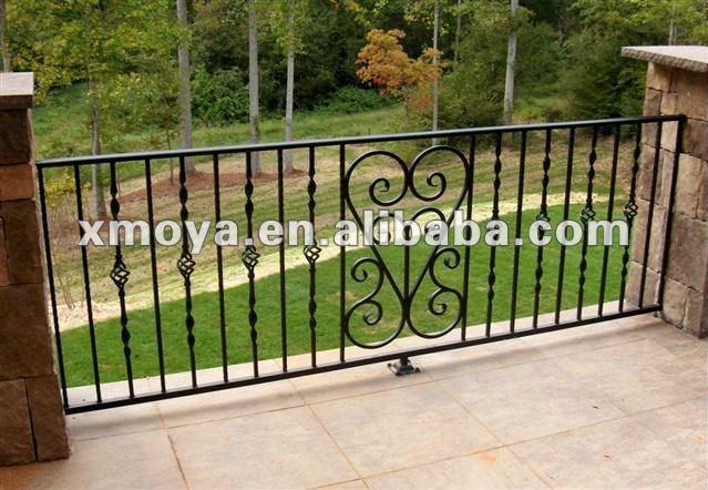 Esterno in ferro battuto portico ringhiere disegni - Ringhiere in ferro battuto per balconi esterni ...