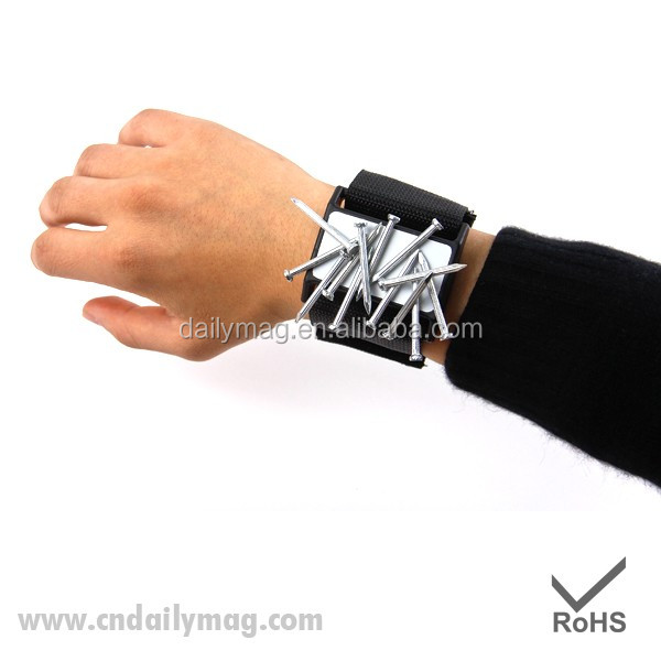 Functional Hot Sell Magnetic Wrist Holder/Band With Good Quality