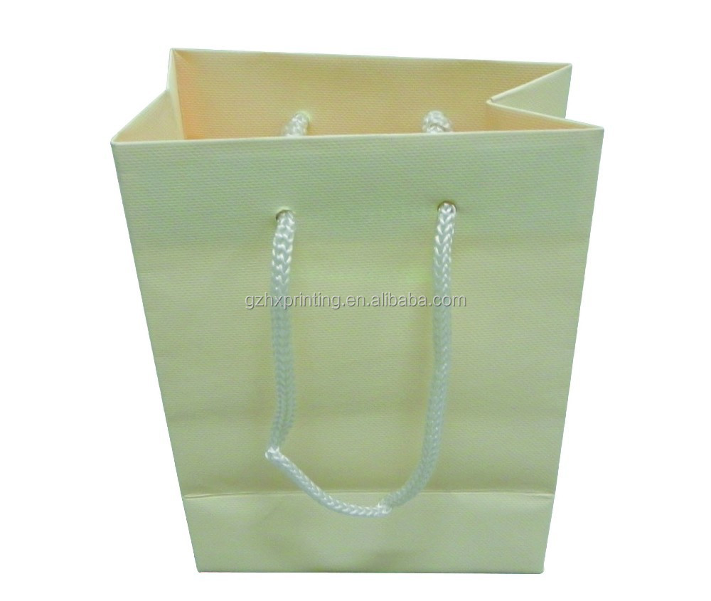 High Quality Texture Feel Paper Gift Bag Unique Paper Shopping Bags