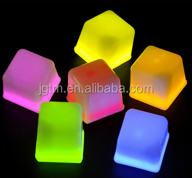 Novelty Gadget LED Light Ice Cubes Hear Clear Ice Cubes Decor LED Luminous Flash Light Ice Drop