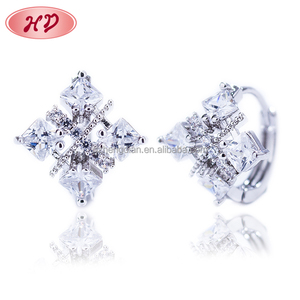 Hengdian Brand Costume Fashion New Design Jewelry Platinum Plated Huggice Earring for Women Girls