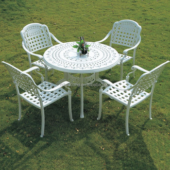 French Accent Round Classic Cast Aluminum Restaurant Dining Table - Aluminum table and chairs for restaurant