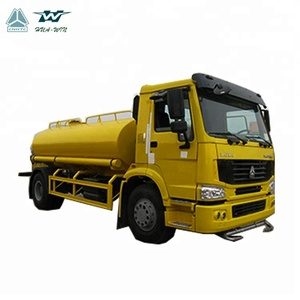 SINOTRUK HOWO 10000 liter stainless steel water bowser sprinkler tank truck for sale