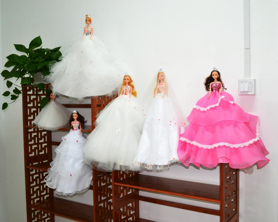 China toy factory 52 cm Barbiee doll personalized wedding bride car decoration dolls
