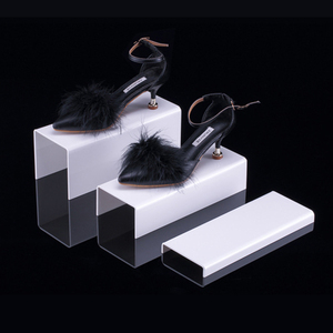 U Shape Pmma Plexiglass Shoes Display Rack Acrylic Shoe Display Stand For Shoe Shop