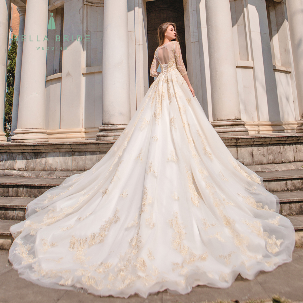 Bella Bride Guangzhou Designer Pakistani Wedding Dresses Gowns Long Sleeve Wedding Dress Bridal Gown With Golden Lace And Beads Buy Wedding Dress Bridal Gown Designer Pakistani Wedding Dresses Wedding Dresses Gowns Product On