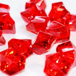 wholesale colored acrylic ice, ruby red