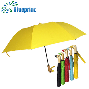 Factory supply customized 2 folding wooden duck head umbrella