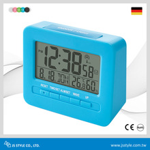 Hot Sale Germany Weather Auto Calibrate Radio Controlled Desk Clock
