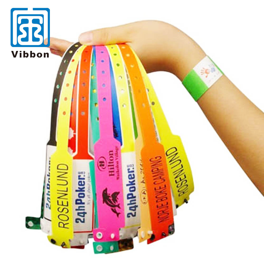cheap custom pvc/vinyl wristbands with identification tags