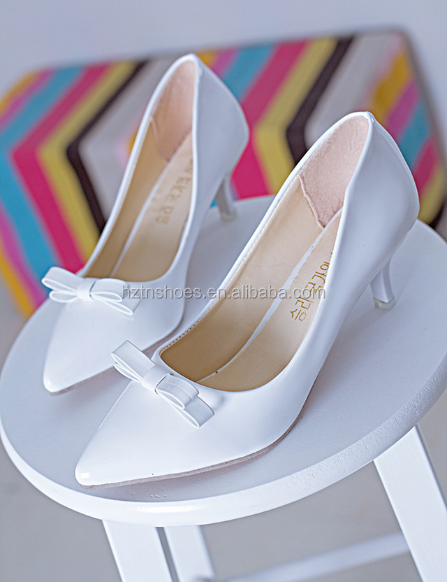 Women <strong>heels</strong> 2016 Patent Leather Red Women Bridal Shoes Pointed Toe Thin <strong>Heel</strong> Shoes Fashion Ladies Pumps with Bowtie