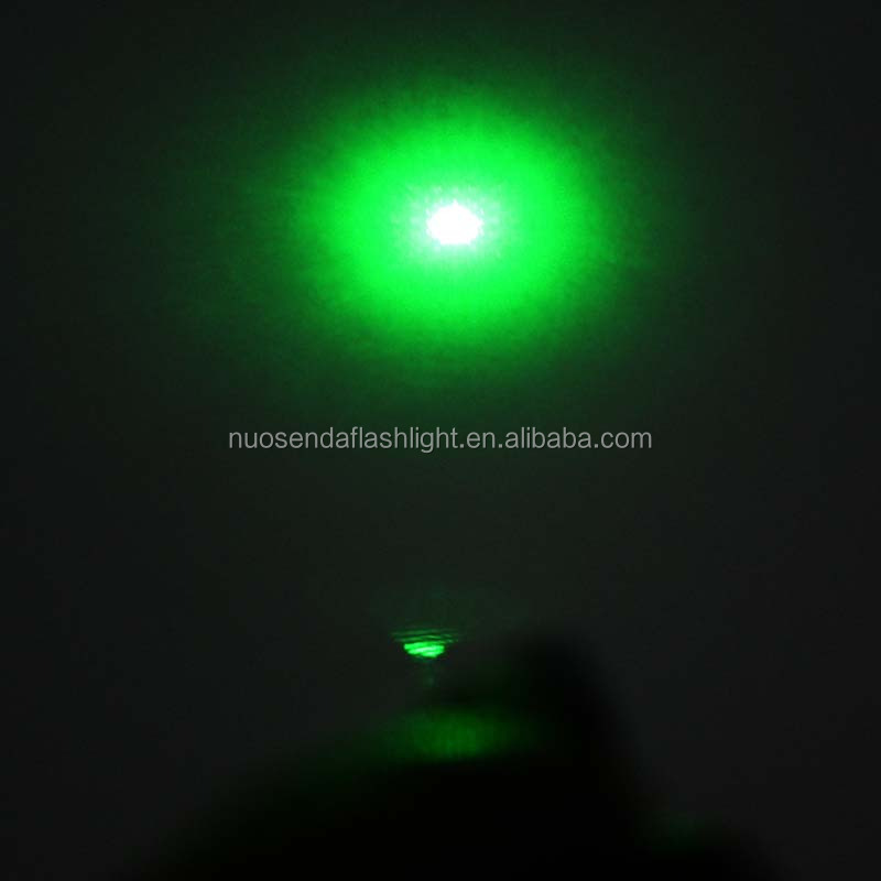 100mW 532nm Green Laser Pointer+2xAAA+ Flannelette Gift Box