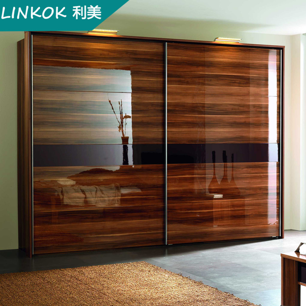 China Supplier OEM Acrylic Bedroom Closet Walk In Wardrobe Cabinet, Sliding  Door System Designs