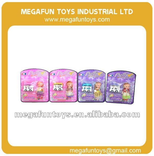 Cartoon Pull back bus with barbi doll