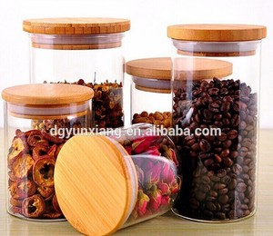 Sealed bamboo lid with food-grade paint for food storage jar