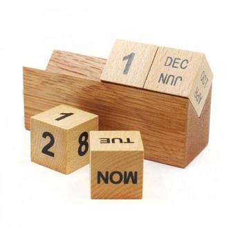 2018 Creative Diy Wooden Perpetual Desk Calendar View Table
