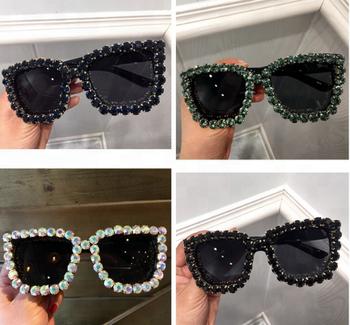 a39a8931b6c2f 2018 mode aliexpress fleur bling strass femmes surdimensionné lunettes de  soleil de luxe