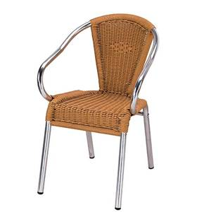 Outdoor ratan/wicker chairs