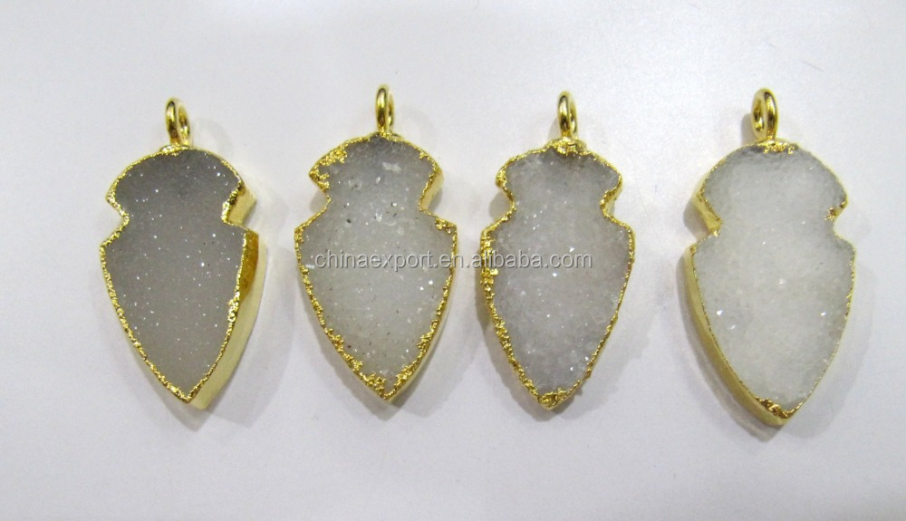 China Manufacture Gold Pated Natural Druzy Arrowhead Pendant Charms