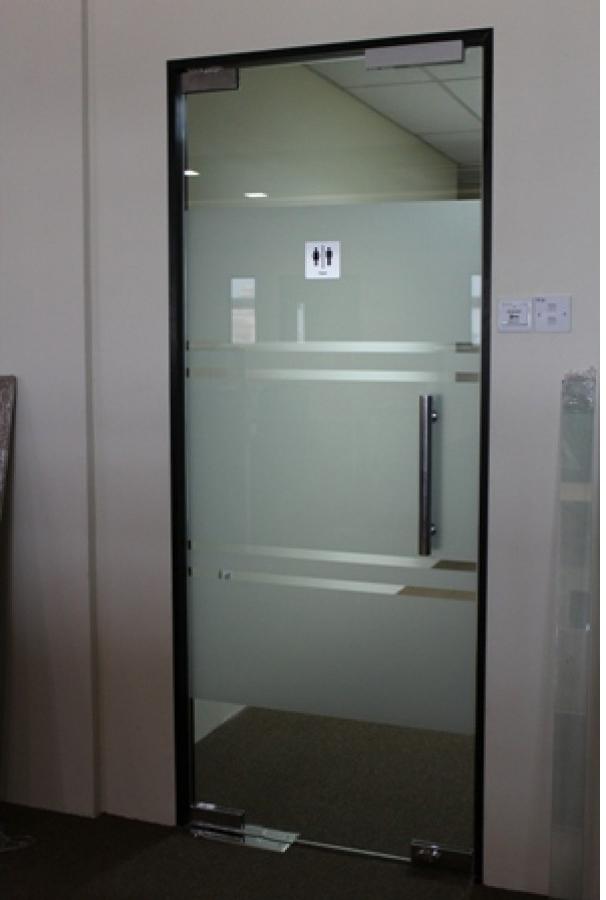 Commercial Modern Interior Single Sliding Glass Door For