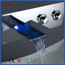 Hot Selling 5 pieces Luxury Waterfall Led Bathtub Faucet with Open Spout and Hand Shower