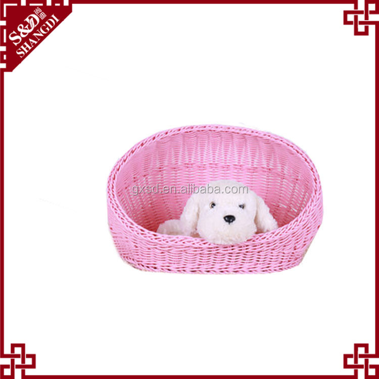 Wholesale Eco-friendly pets playground furniture customized dog beds lovely rattan dog house