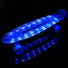 Light <span class=keywords><strong>Up</strong></span> LED PC Rollen Nickel <span class=keywords><strong>Skate</strong></span> de Plástico com LED Wheels